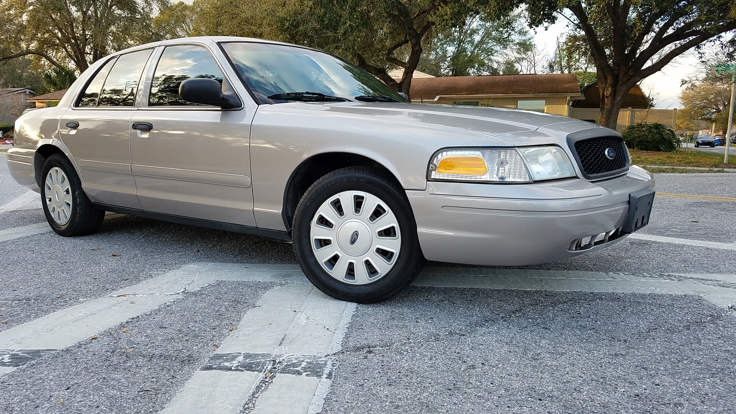 ford crown victoria police interceptor unmarked